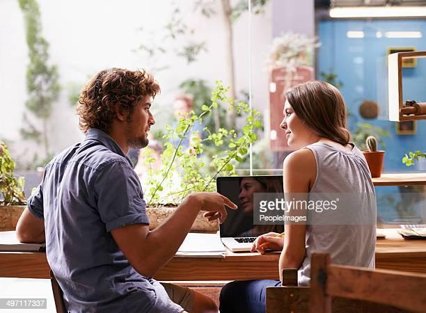 Studieren im coffee shop
