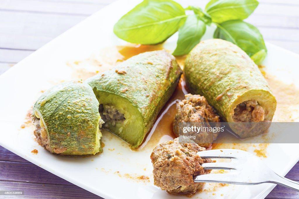Gefüllte zucchini : Stock-Foto