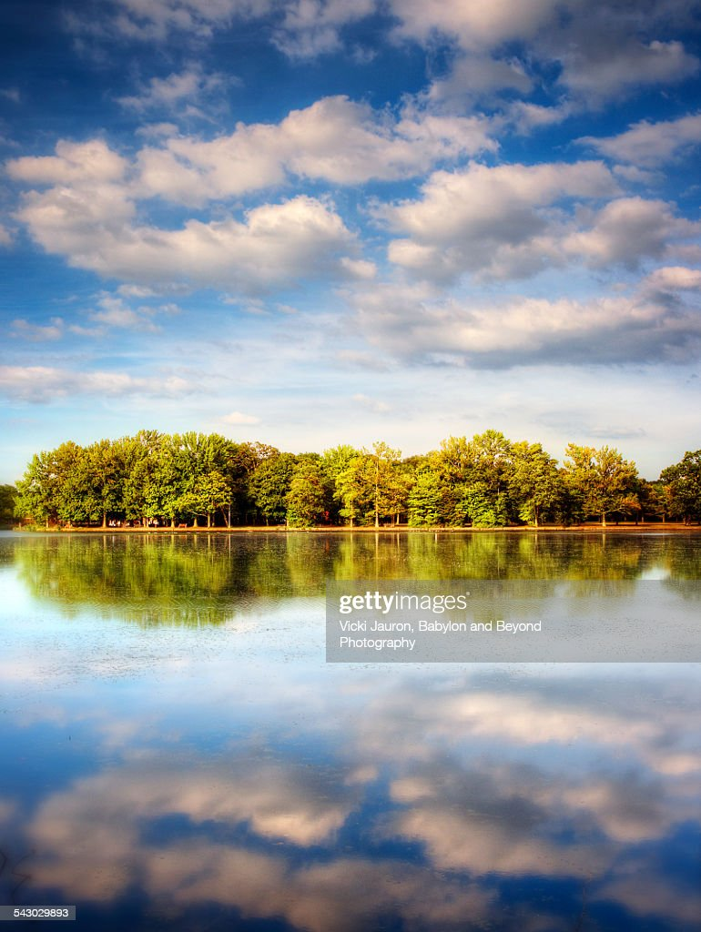 Stunning reflections in Belmont Lake State Park