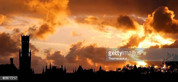Magnifique coucher de soleil de Bruges