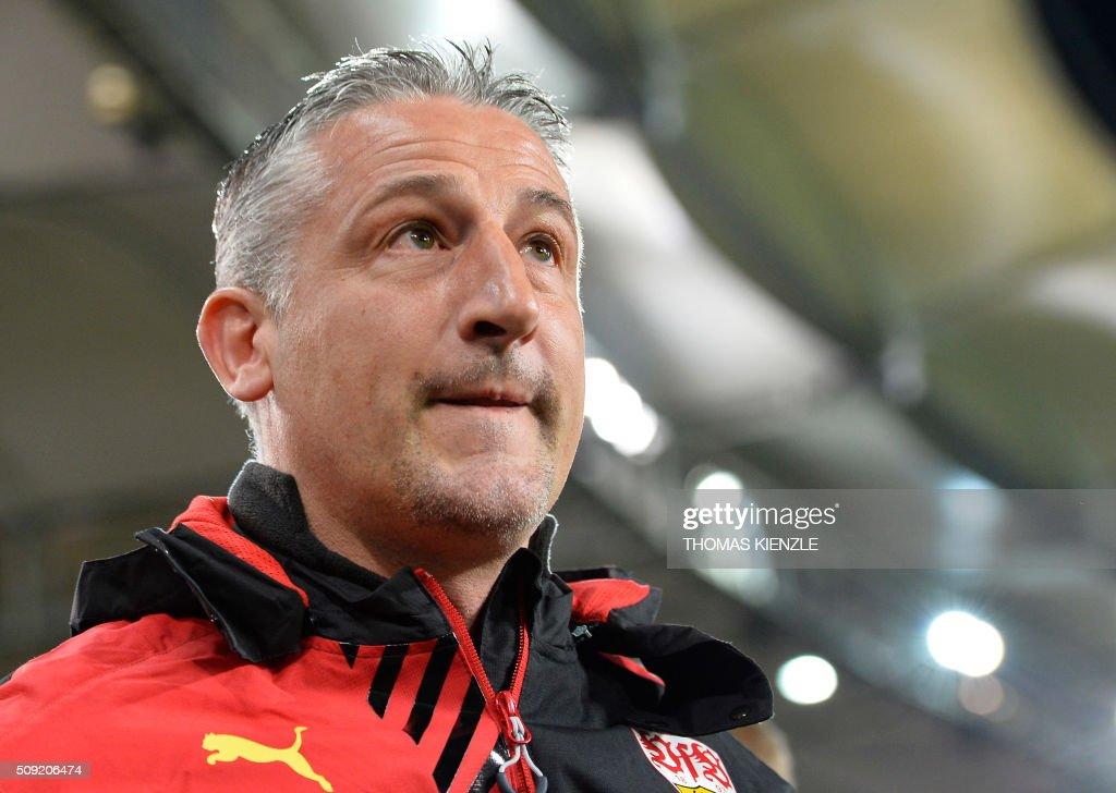 Stuttgart's head coach Juergen Kramny reacts prior to the German Cup ( Pokal ) quarter final football match VfB Stuttgart v Borussia Dortmund on February 9, 2016 in Stuttgart. / AFP / Thomas Kienzle / AT +49 69 67880 /