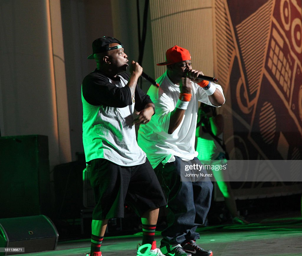 Styles P and <a gi-track='captionPersonalityLinkClicked' href=/galleries/search?phrase=Ghostface+Killah&family=editorial&specificpeople=618815 ng-click='$event.stopPropagation()'>Ghostface Killah</a> perform during the 2012 Rock The Bells music festival at the PNC Bank Arts Center on September 1, 2012 in Holmdel, New Jersey.