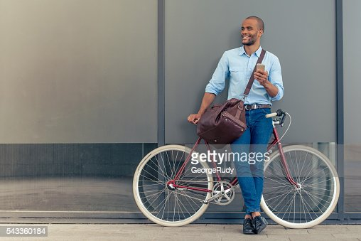 Stylish Afro American businessman : Photo