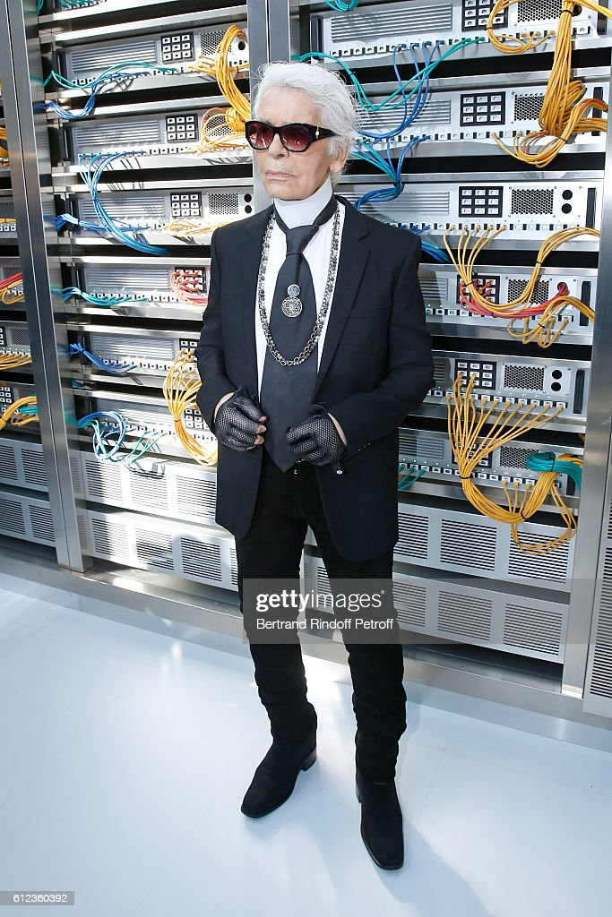 stylist-karl-lagerfeld-attends-the-chanel-show-as-part-of-the-paris-picture-id612360392