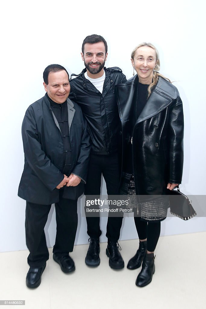 Stylist <a gi-track='captionPersonalityLinkClicked' href=/galleries/search?phrase=Nicolas+Ghesquiere+-+Fashion+Designer&family=editorial&specificpeople=4921852 ng-click='$event.stopPropagation()'>Nicolas Ghesquiere</a> standing between <a gi-track='captionPersonalityLinkClicked' href=/galleries/search?phrase=Azzedine+Alaia+-+Fashion+Designer&family=editorial&specificpeople=8019273 ng-click='$event.stopPropagation()'>Azzedine Alaia</a> and <a gi-track='captionPersonalityLinkClicked' href=/galleries/search?phrase=Carla+Sozzani&family=editorial&specificpeople=884879 ng-click='$event.stopPropagation()'>Carla Sozzani</a> pose backstage after the Louis Vuitton show as part of the Paris Fashion Week Womenswear Fall/Winter 2016/2017. Held at Louis Vuitton Foundation on March 9, 2016 in Paris, France.