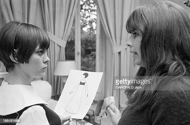 Stylist Victoire Prepares The 1967 April Ball Octobre 1967 la styliste VICTOIRE prépare le Bal ' April in Paris' Mireille Mathieu un dessin de...