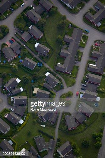 Suburban cul-de-sac, aerial view