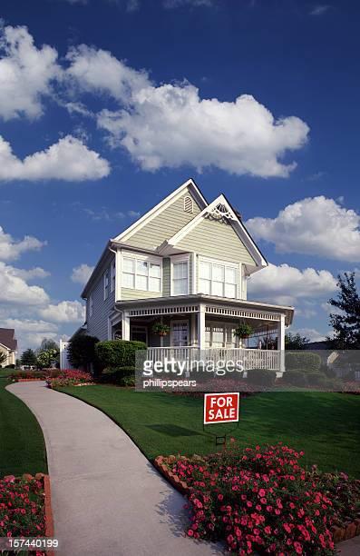Suburban Home zu verkaufen.