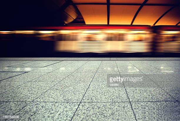 Quittez la station de métro