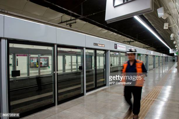 Subway workers check last details of line 6 of the Santiago subway that will be inaugurated next November 2 in Santiago October 31 The new 15kmline...