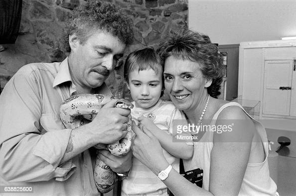 Sue Johnston and her son at Chester Zoo Brookside's Sue Johnston who plays Sheila Grant in the Channel Four soap took her son Joel along to Chester...
