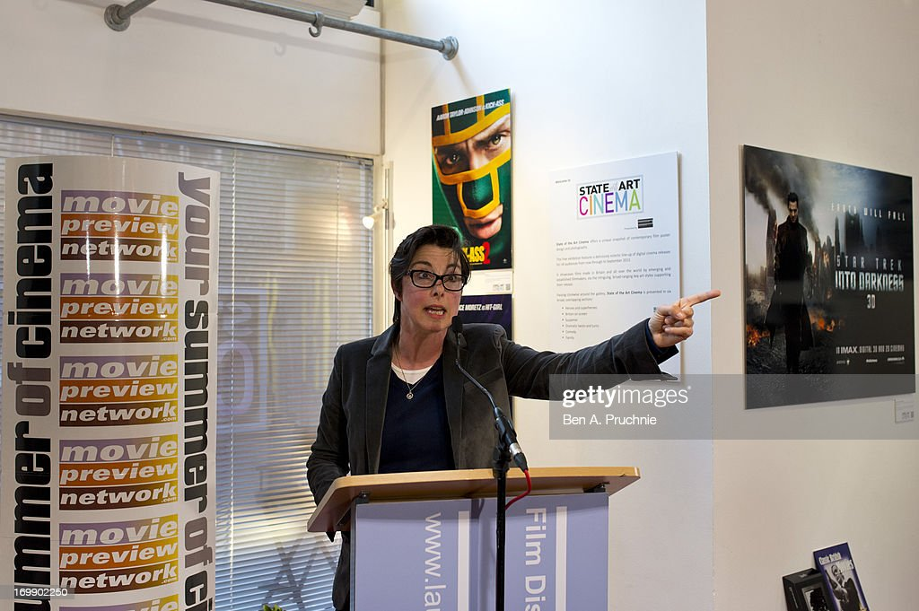 <a gi-track='captionPersonalityLinkClicked' href=/galleries/search?phrase=Sue+Perkins&family=editorial&specificpeople=3251651 ng-click='$event.stopPropagation()'>Sue Perkins</a> attends the FDA State Of The Art private view at Getty Images Gallery on June 3, 2013 in London, England.
