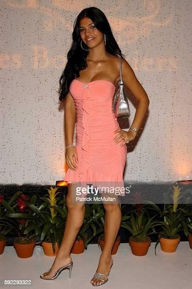 Suelyn Medeiros Nude Photos 81