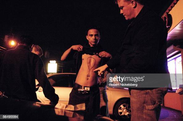 spanish gangster essay 1920 american gangsters el salvadorians, cubans, south americans, and all other spanish speaking countries american gangster essay.