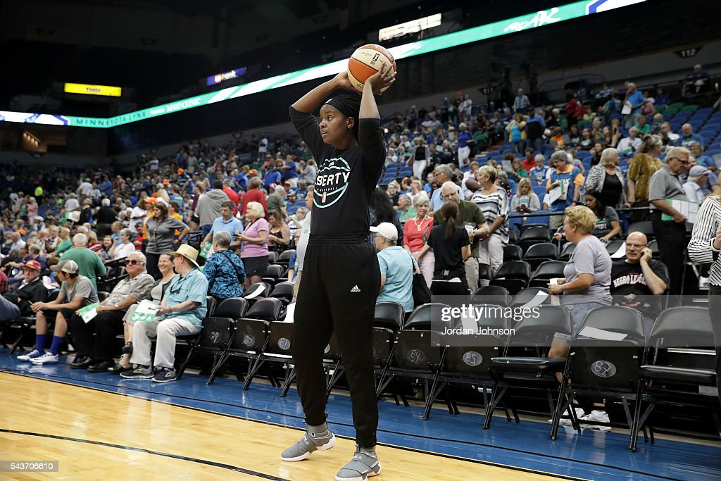 Sugar Rodgers #14 of the New York Liberty warms up before the game against the Minnesota Lynx during the WNBA game on June 29, 2016 at Target Center in Minneapolis, Minnesota.