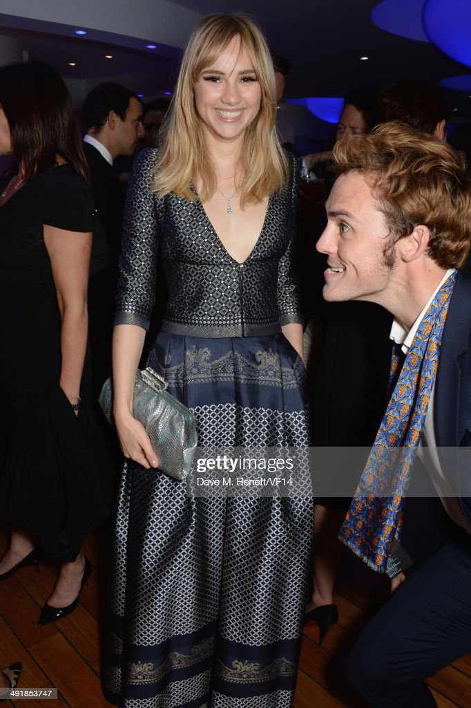 <a gi-track='captionPersonalityLinkClicked' href=/galleries/search?phrase=Suki+Waterhouse&family=editorial&specificpeople=7591336 ng-click='$event.stopPropagation()'>Suki Waterhouse</a> and <a gi-track='captionPersonalityLinkClicked' href=/galleries/search?phrase=Sam+Claflin&family=editorial&specificpeople=7238693 ng-click='$event.stopPropagation()'>Sam Claflin</a> attends the Vanity Fair And Armani Party at the 67th Annual Cannes Film Festival on May 17, 2014 in Cap d'Antibes, France.