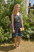 Suki Waterhouse arrives at the Burberry Menswear Spring/Summer 2016 show at Kensington Gardens on June 15 2015 in London England