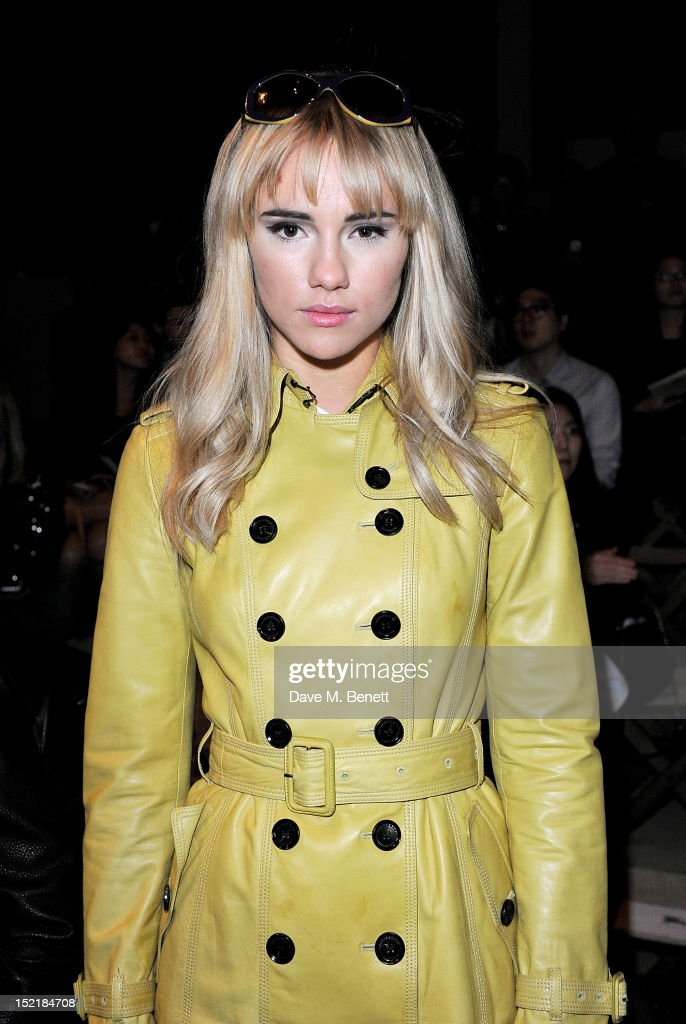 Suki Waterhouse arrives at the Burberry Spring Summer 2013 Womenswear Show during London Fashion Week on September 17, 2012 in London, United Kingdom.