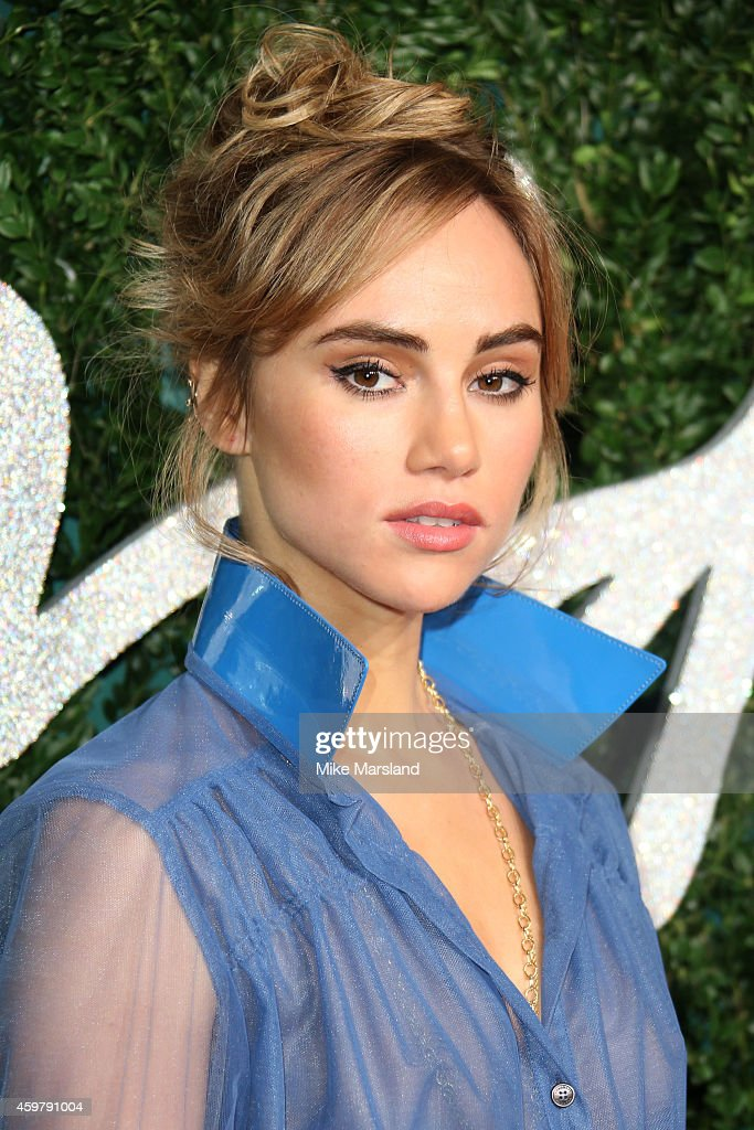 Suki Waterhouse attends the British Fashion Awards at London Coliseum on December 1, 2014 in London, England.