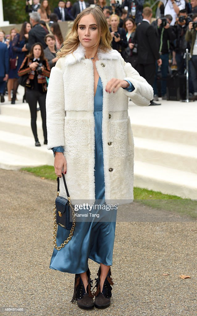 Suki Waterhouse attends the Burberry Prorsum show during London Fashion Week Spring/Summer 2016/17 at Kensington Gardens on September 21, 2015 in London, England.