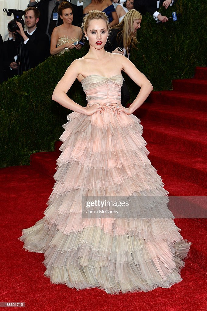 Suki Waterhouse attends the 'Charles James: Beyond Fashion' Costume Institute Gala at the Metropolitan Museum of Art on May 5, 2014 in New York City.