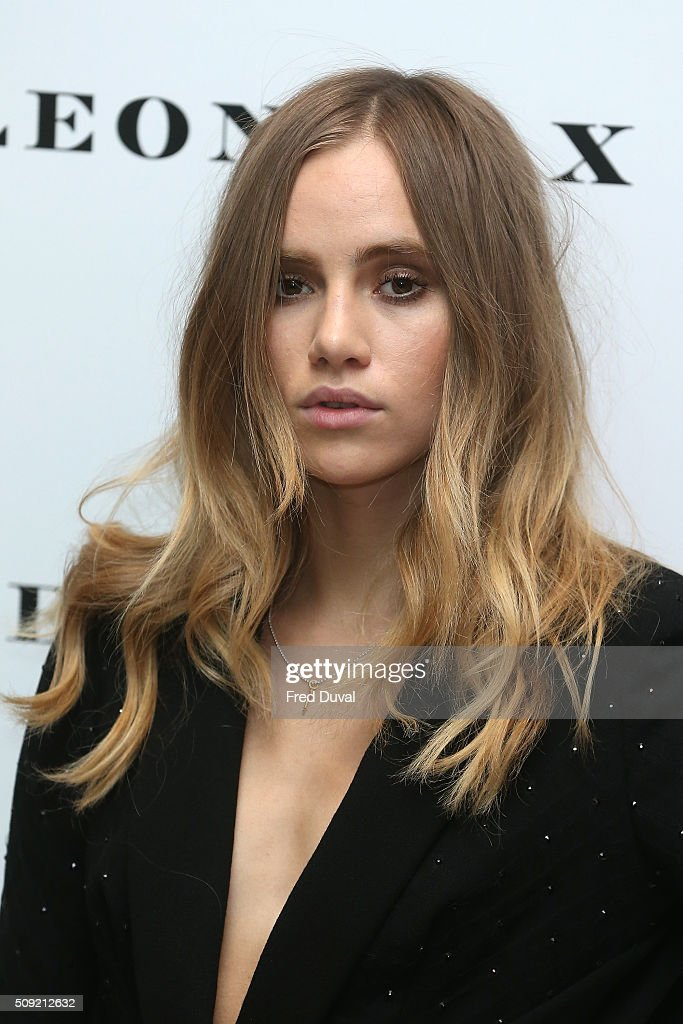 <a gi-track='captionPersonalityLinkClicked' href=/galleries/search?phrase=Suki+Waterhouse&family=editorial&specificpeople=7591336 ng-click='$event.stopPropagation()'>Suki Waterhouse</a> attends the opening of Vogue 100 : A century of Style at National Portrait Gallery on February 9, 2016 in London, England.