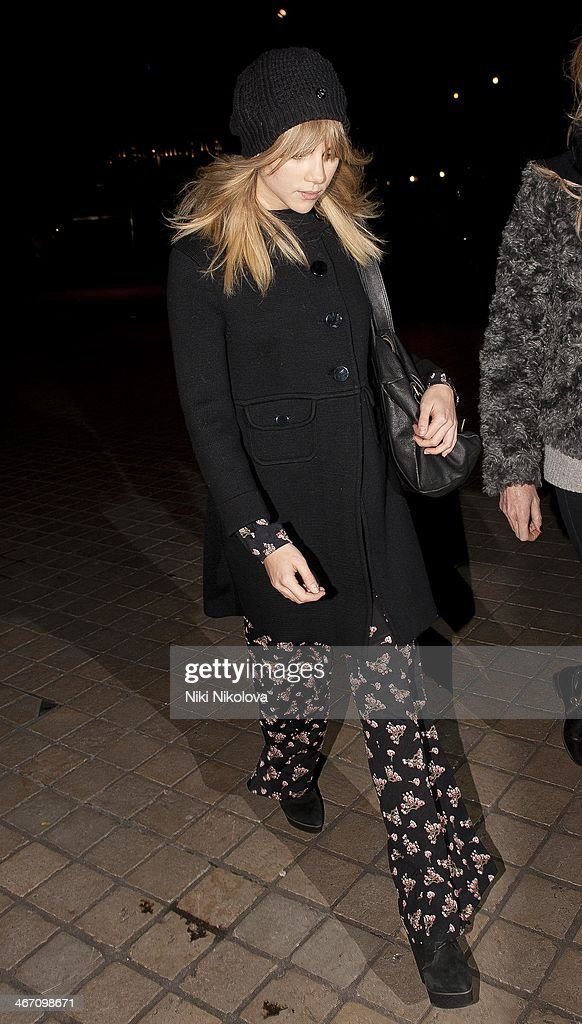 <a gi-track='captionPersonalityLinkClicked' href=/galleries/search?phrase=Suki+Waterhouse&family=editorial&specificpeople=7591336 ng-click='$event.stopPropagation()'>Suki Waterhouse</a> is seen leaving the Royal Festival Hall, South Bank on February 5, 2014 in London, England.