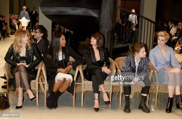 Suki Waterhouse Naomi Campbell Penelope Cruz Helouise Letissier and Elizabeth Debicki wearing Burberry attend the Burberry February 2017 Show during...