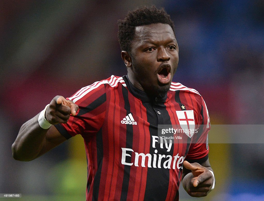 Sulley Muntari of AC Milan celebrates scoring the first goal during the Serie A match between AC Milan and US Sassuolo Calcio at San Siro Stadium on May 18, 2014 in Milan, Italy.