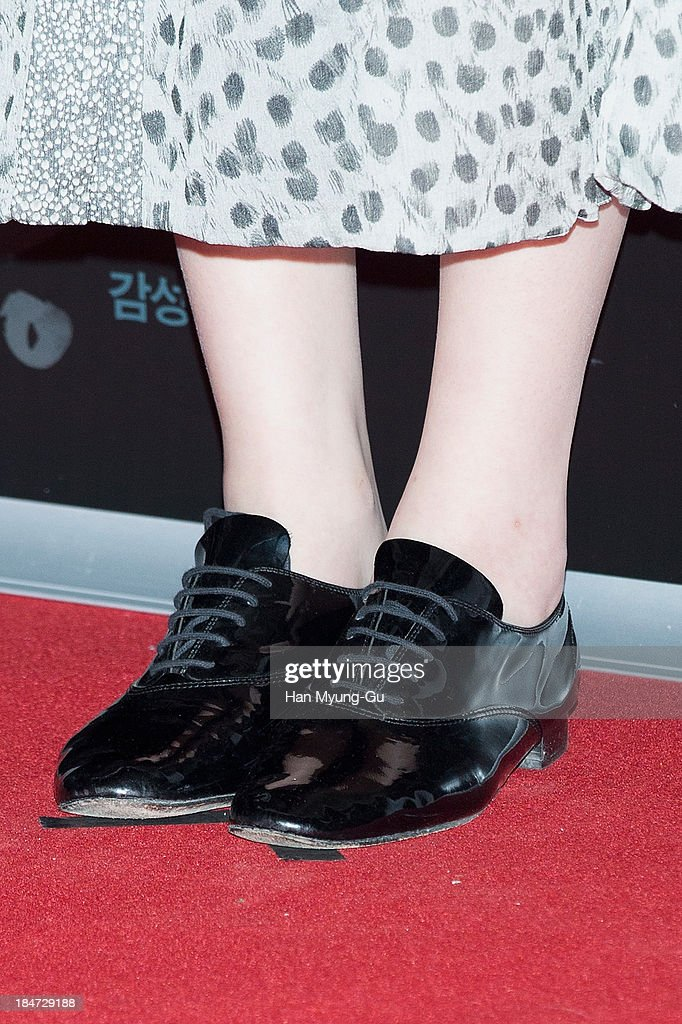 Sulli of girl group f(x) (shoe detail) attends 'The Accomplice' VIP screening at CGV on October 15, 2013 in Seoul, South Korea. The film will open on October 24, in Soth Korea.