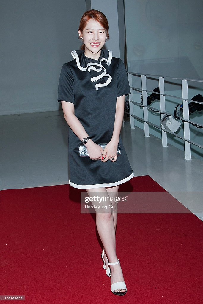 Sulli of South Korean girl group f(x) attends the 'OMEGA' Co-Axial Movement Exhibition at Beyond Museum on July 8, 2013 in Seoul, South Korea.