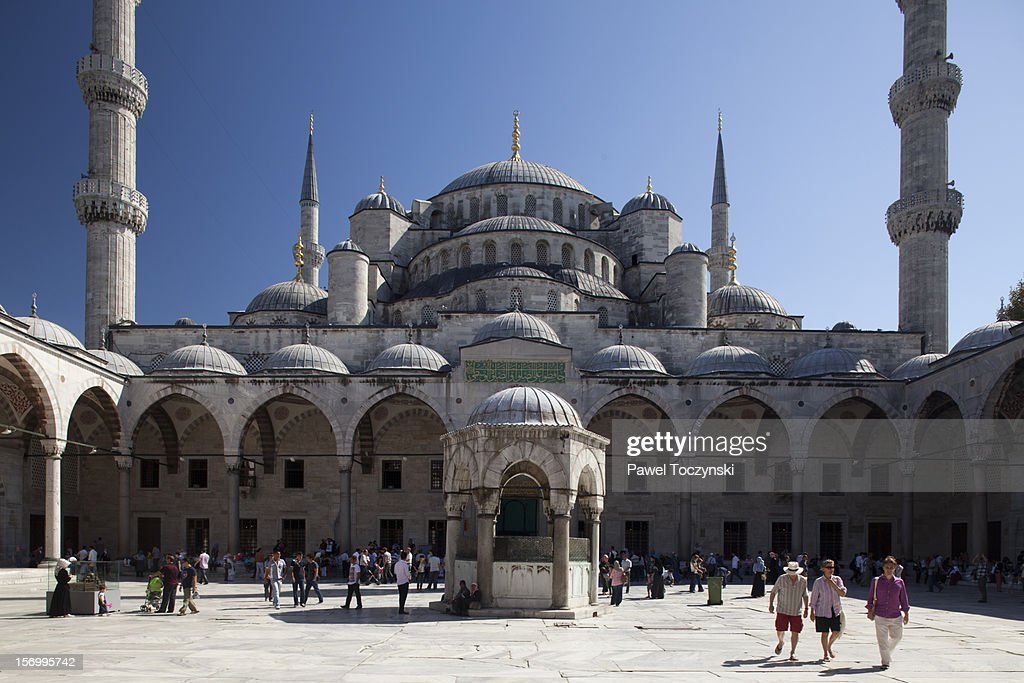 Sultan Ahmed Mosque, aka 'Blue Mosque' : Stock Photo