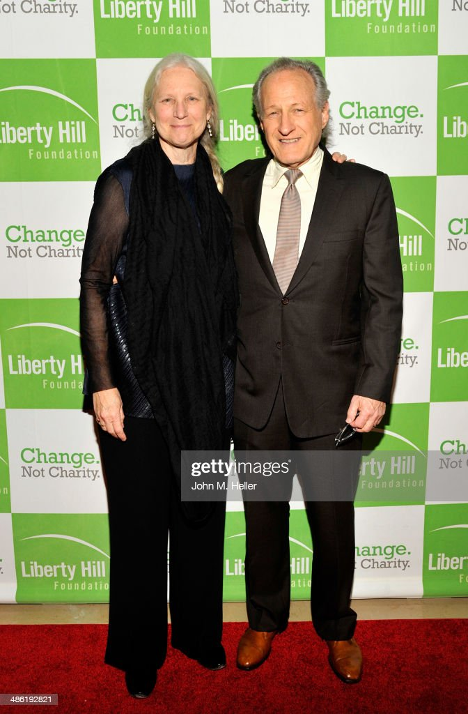 Summer Mann and producer <a gi-track='captionPersonalityLinkClicked' href=/galleries/search?phrase=Michael+Mann&family=editorial&specificpeople=203157 ng-click='$event.stopPropagation()'>Michael Mann</a> attend the Liberty Hill's Upton Sinclair Awards dinner at The Beverly Hilton Hotel on April 22, 2014 in Beverly Hills, California.