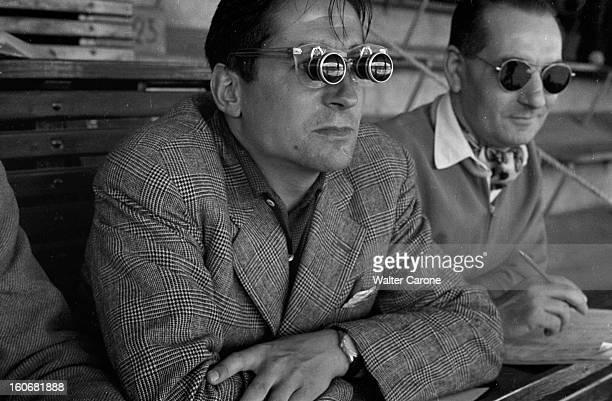 Summer Olympics 1952 Helsinki En Finlande à Helsinki en juillet 1952 lors des Jeux Olympiques d'été les lunettes à prisme de Marcel HANSENNE ancien...