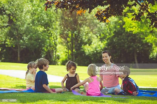 Tagesbetreuung Sommer im Freien.