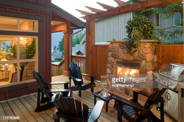 patio con barbecue house