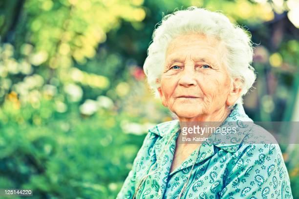 Estate Ritratto di una bella Nonna