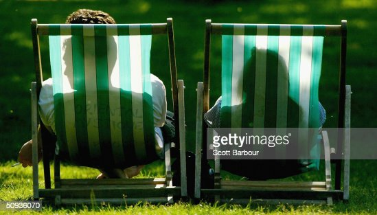 Summer Weather Arrives In Britain : Stock Photo