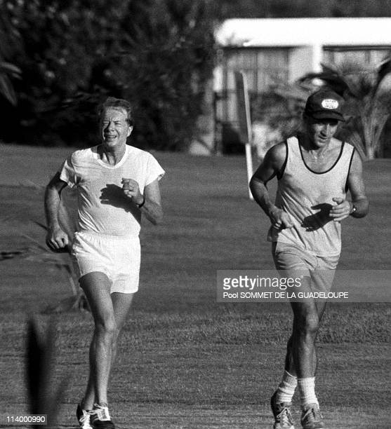 Summit of Guadeloupe In France In January 1979Jimmy Carter jogging with his trainer during Guadaloupe summit 01/1979