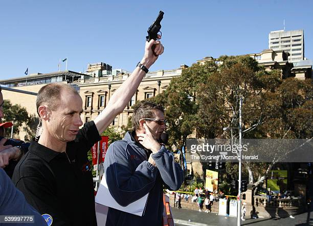 Sun Herald City to Surf 2006 Steve Moneghetti lets off the starter's pistol to mark the start of the City to Surf William Street Sydney 13 August...