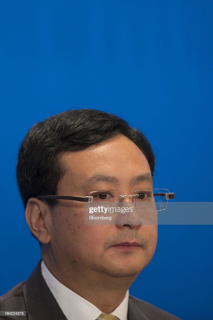 Sun Longde, vice president at Petrochina Co., attends the company's annual results news conference in Hong Kong, China, on Thursday, March 21, 2013. Petrochina, the country's biggest oil and natural gas producer, posted full-year profit that missed analysts' estimates as refining losses and import costs outpaced growth in oil and natural gas production. Photographer: Jerome Favre/Bloomberg via Getty Images