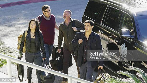 'Sun of a Gun' Sylvester comes face to face with his estranged father a retired general who asks Team Scorpion for help when he believes that a...