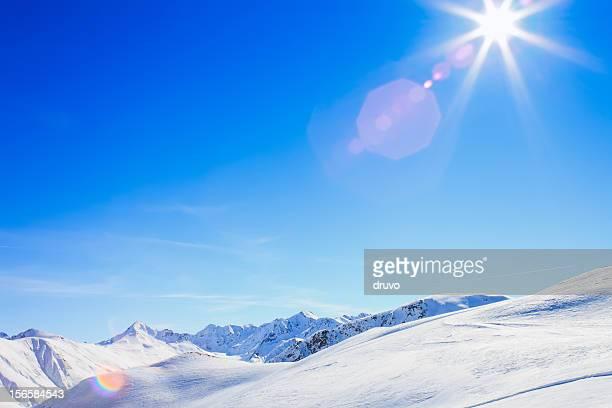Sonne über italienischen Alpen