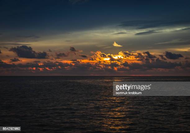 Sun set over sea