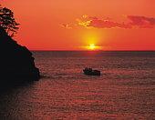 Sun setting over the ocean, Dogashima, Shizuoka Prefecture, Japan