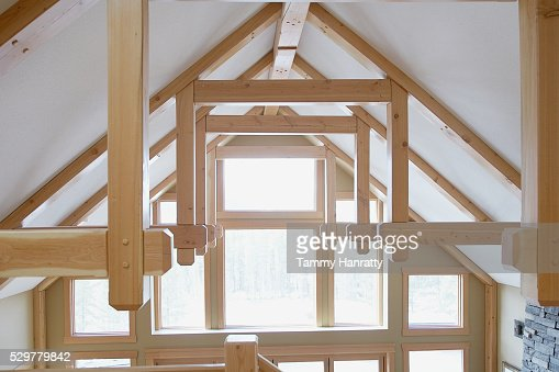 Sun shining into vaulted ceiling : Stock-Foto