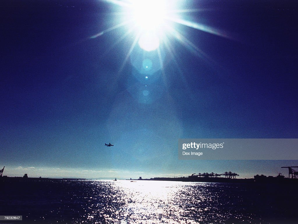 Sun shining over ocean, Tokyo Bay, Japan : Stock Photo