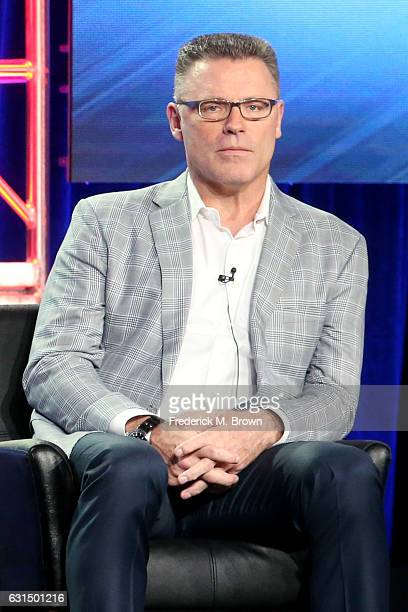 Howie Long Stock Photos And Pictures Getty Images