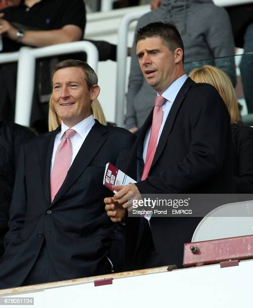 Sunderland chairman Niall Quinn and Owner Ellis Short in the stands