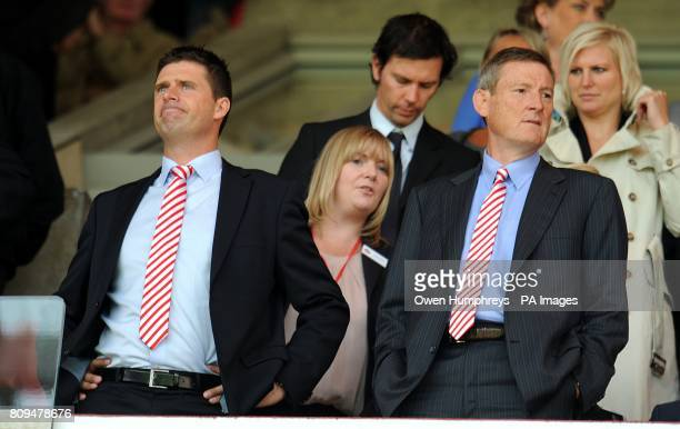 Sunderland chairman Niall Quinn with owner Ellis Short in the stands prior to kickoff